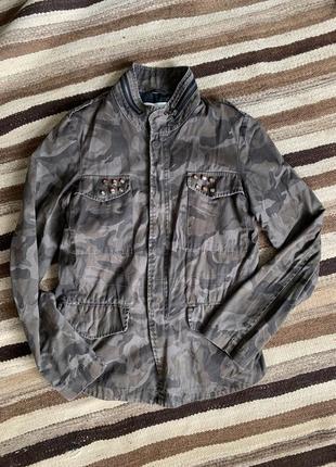 Джинсовая куртка курточка хаки милитари комуфляжная пиджак джинсовый