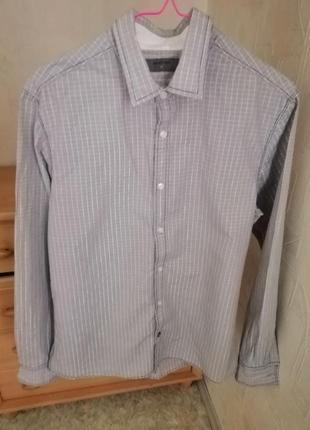 Рубашка в полоску на пуговицах