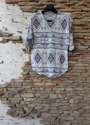 Нежный пуловер большого размера