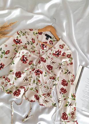 Невероятная блузочка в винтажном стиле