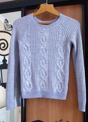 Сиреневый свитер в косы от h&m