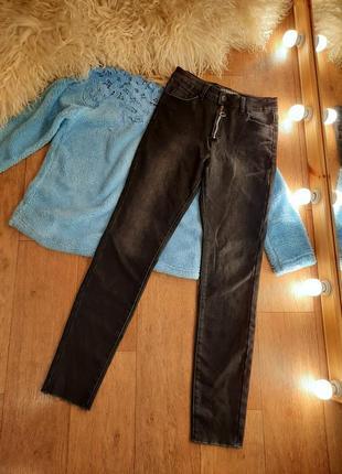 Зима джинсы на флисе 44р s-m  стрейч