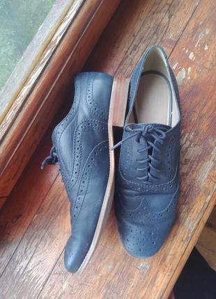 Шкіряні туфлі оксфорди базове взуття на осінь
