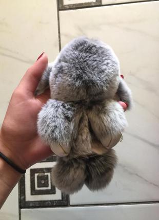 Зайчик брелок заяц меховой