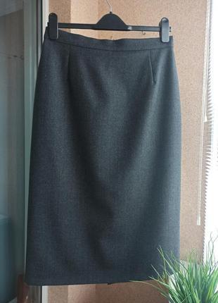 Качественная шерстяная темно-серая прямая юбка миди с красивой шлицей 100% шерсть