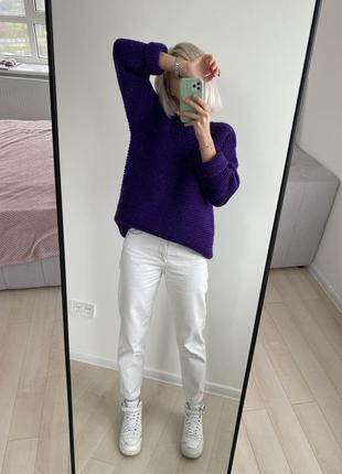 Свитер шерстяной фиолетового цвета