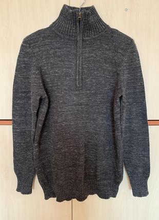 Классный свитер colins
