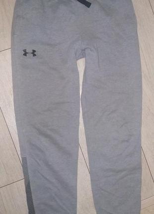 Спортивные штаны under armour рр 12 ле (137-147)