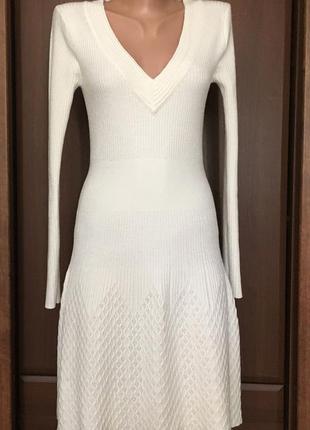 Тёплое вязаное платье женское с