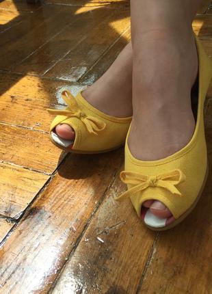 Модный жёлтый, туфли босоножки тапочки мокасины летние