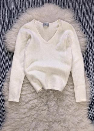 Молочный свитер кофта кашемир кашемировый шерсть шерстяной v-вырез