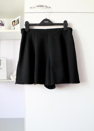 Черные шорты от miss selfridge