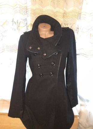 Пальто весна -осень с кожаными вставками