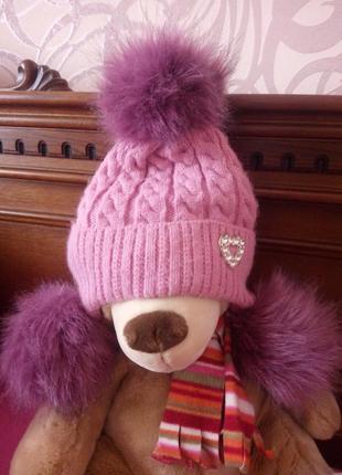 Зимняя шапка на 6-10лет.