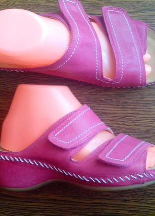 Рр 7-26,1 см мега эксклюзив новые стильные кожаные шлепанцы от к