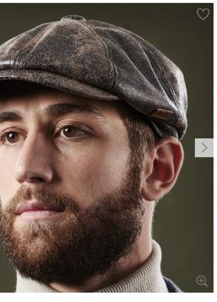 Стильная фирменная мужская кепка