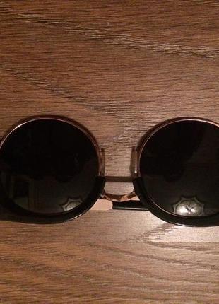 Модные солнцезащитные очки forever 21