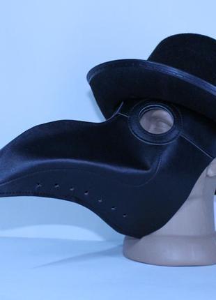 Маска чумного доктора с шляпой цилиндр