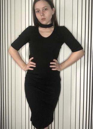 Платье с чокером, платье облегающее terranova