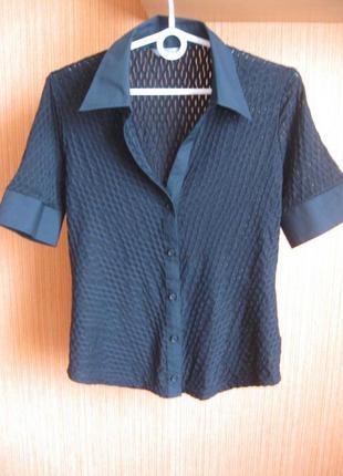 Фактурная блузка-рубашка базовая