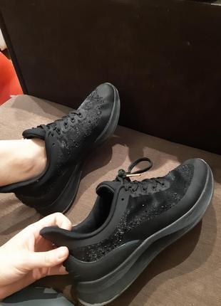 Кросівки від tamaris