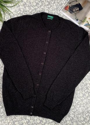 Продаю женский стильный джемпер , свитер, кофту от united colors of benetton.