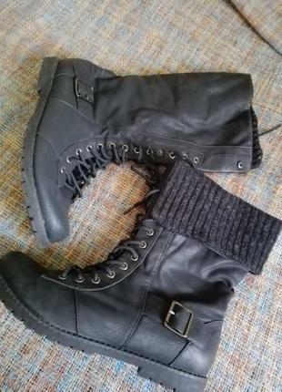 Сапоги на шнуровке / высокие ботинки на шнуровке 40 p