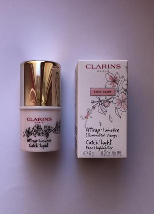 Хайтайтер-стик clarins catch light face highlighter rosy pearl