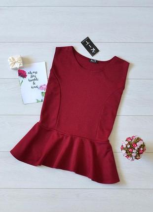 Красива блуза з баскою