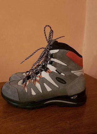 Трекинговые,походние ботинки lowa gtx
