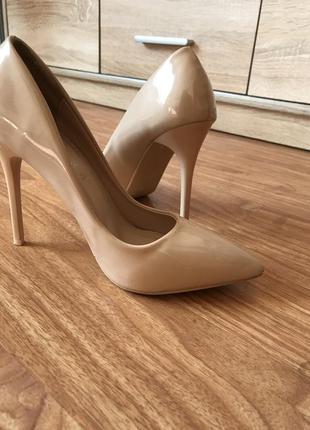 Лодочки туфлі мешти