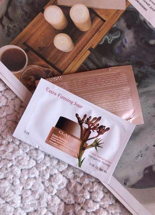 Пробники дневного антивозрастного крема от морщин clarins