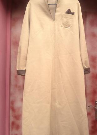 Элегантное-сдержанное платье .подойдет как для беременных женщин, так и для фигуристых.