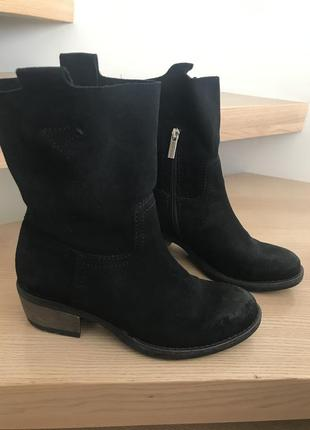 Осенние ботиночки замшевые