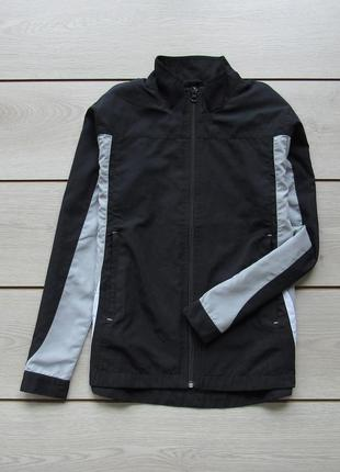 Легкая тонкая куртка