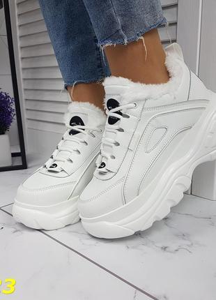 Зимние кроссовки на высокой платформе буффало белые