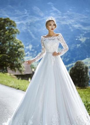 Срочно! торг! осеннее свадебное платье/весільна сукня berta, берта + фата