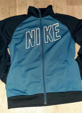 Nike -олимпийка