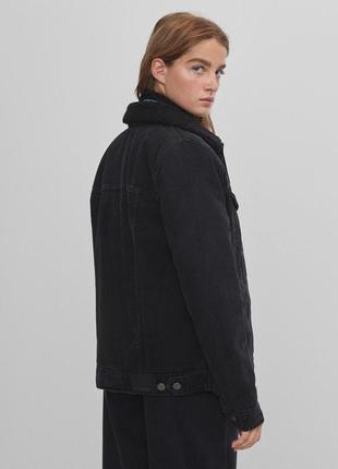 Новая теплая джинсовая куртка bershka2 фото