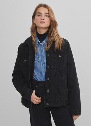 Новая теплая джинсовая куртка bershka4 фото