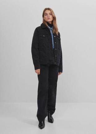 Новая теплая джинсовая куртка bershka3 фото