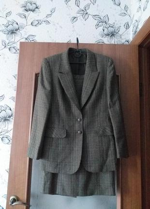 Hensel & mortensen   шерстяной костюм