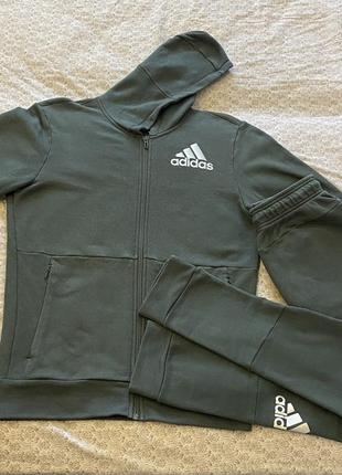 Спортивный костюм adidas ( оригинал)