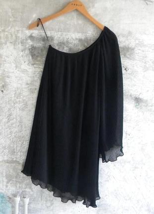 Вечернее платье плиссе на одно плечо