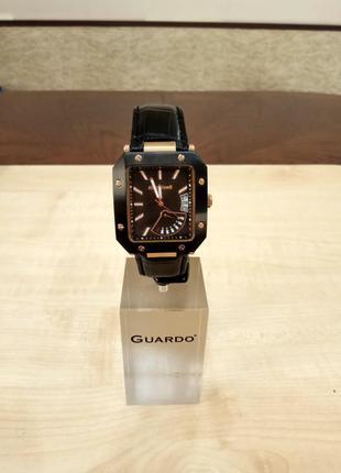 Стильные мужские часы известного итальянского бренда, премиум класса. оригинал.
