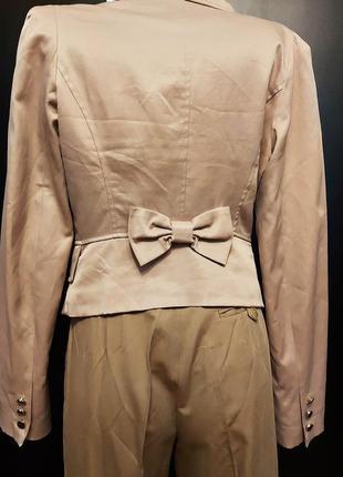 Пиджак с красивой спинкой