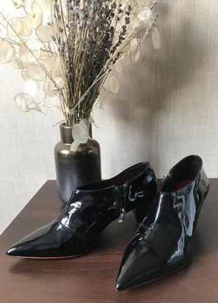 Дуже круті туфлі zara