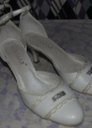 Свадебные туфли босоножки белые