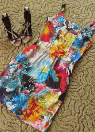 Яркое хлопковое платье-футляр
