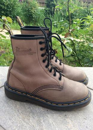 Крутые винтажные ботинки dr martens 8 eye boot made in england размер uk 4